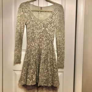 Free People long-sleeve ruffle dress XS